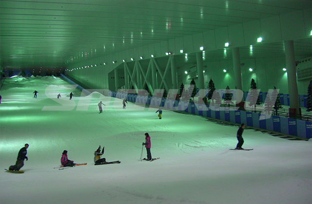 korea-indoor-ski-field